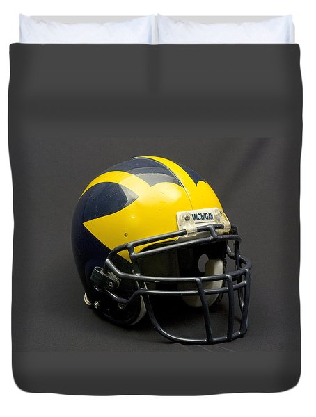 Wolverine Helmet Of The 2000s Era Duvet Cover