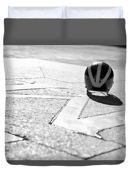 Wolverine Helmet On The Diag M Duvet Cover