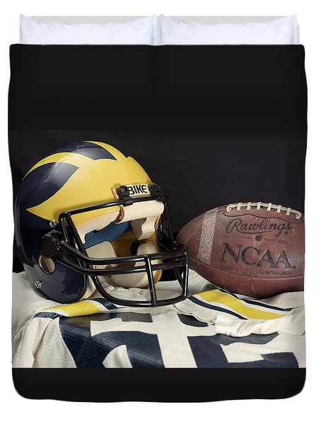 Wolverine Helmet With Jersey And Football Duvet Cover