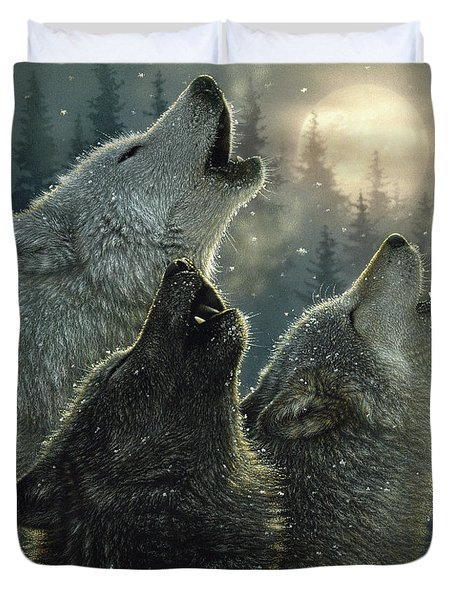 Wolves Howling Moon - In Harmony Duvet Cover