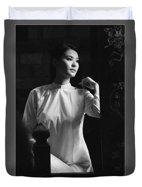 Women Vietnam Duvet Cover