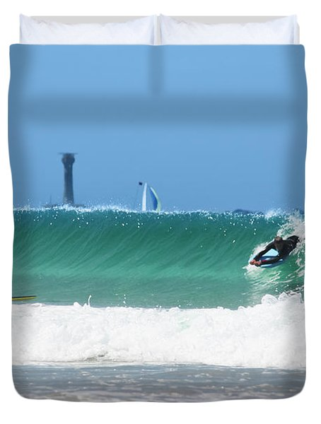 Duvet Cover featuring the photograph Wonderwall by Terri Waters