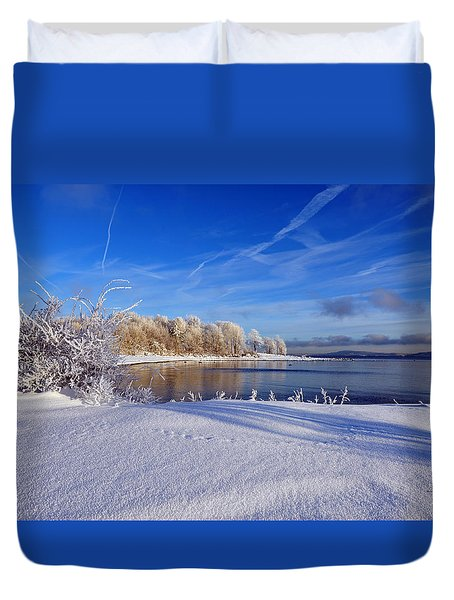 Wondrous Winter Duvet Cover