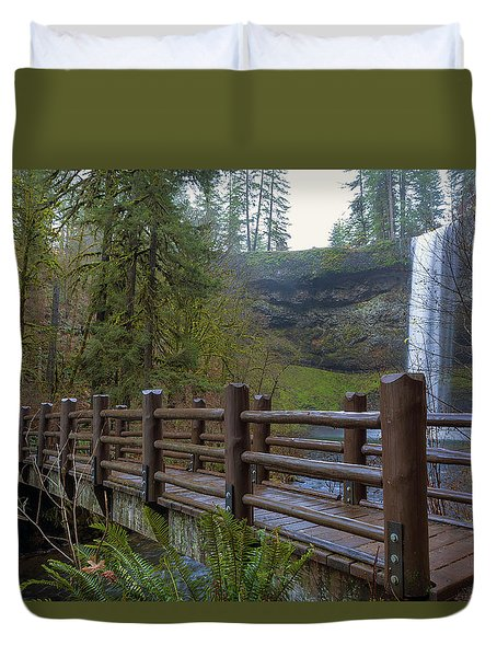 Wood Bridge At Silver Falls State Park Duvet Cover