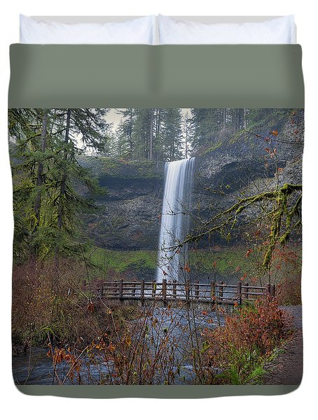 Wood Bridge On Hiking Trail At Silver Falls State Park Duvet Cover