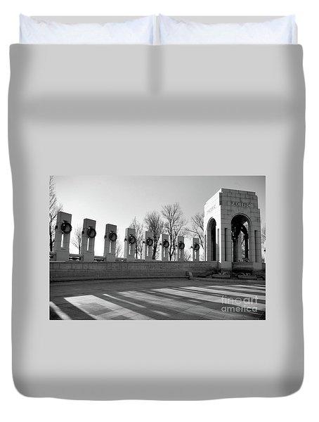 World War 2 Memorial Bw Duvet Cover