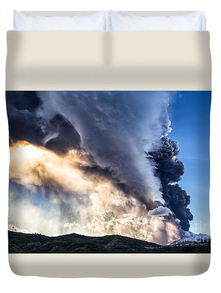 Wrath Of Nature Duvet Cover by Giuseppe Torre