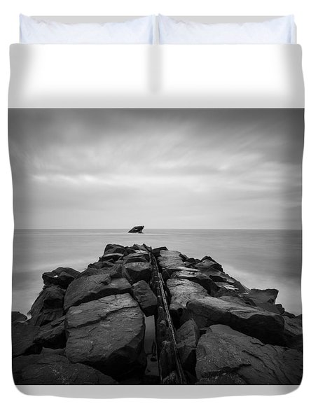 Wreck Of The Ss Atlansus Of Cape May Nj Duvet Cover