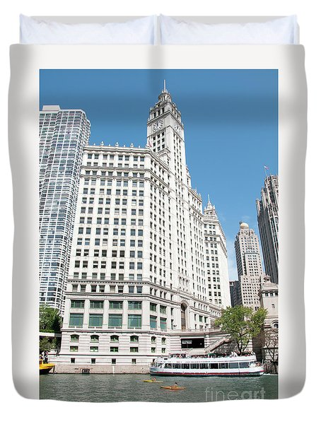 Wrigley Building Overlooking The Chicago River Duvet Cover