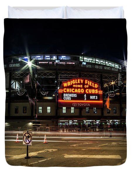 Wrigley Field Marquee At Night Duvet Cover