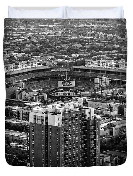 Wrigley Field Park Place Towers Day Bw Dsc4575 Duvet Cover