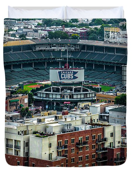 Wrigley Field Park Place Towers During The Day Dsc4743 Duvet Cover