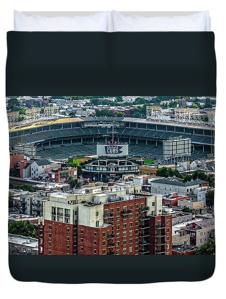 Wrigley Field Park Place Towers During The Day Dsc4743 Duvet Cover by Raymond Kunst