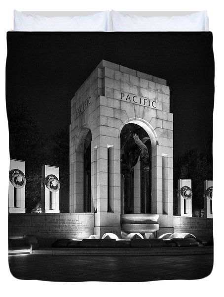 Duvet Cover featuring the photograph World War 2 Memorial, Pacific by Ross Henton