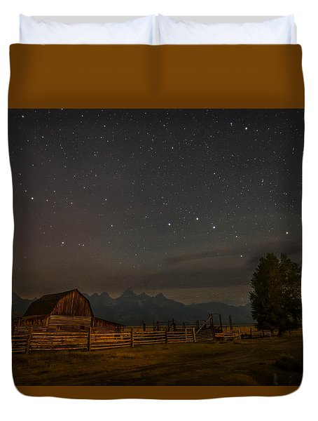 Duvet Cover featuring the photograph Wyoming Countryside At Night by Serge Skiba
