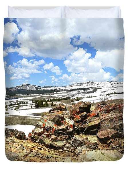 Wyoming's Big Horn Pass Duvet Cover