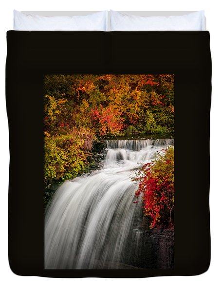 Duvet Cover featuring the photograph Fall At Minnehaha Falls by Patti Deters
