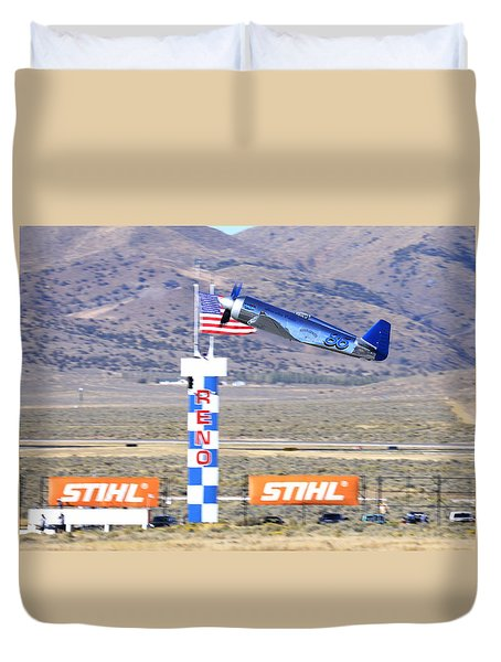 Duvet Cover featuring the photograph Yak Attack Sunday's Gold Unlimited Race by John King