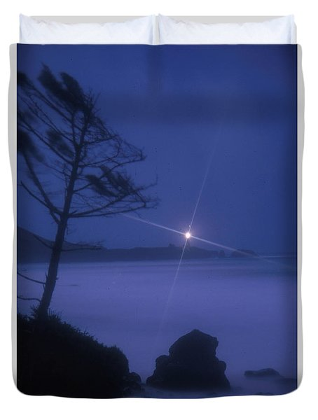 Yaquina Head At Night Duvet Cover