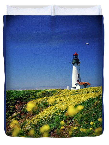 Yaquina Head Lighthouse- V2 Duvet Cover