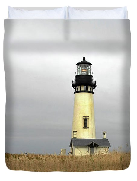 Yaquina Lighthouses - Yaquina Head Lighthouse Western Oregon Duvet Cover by Christine Till