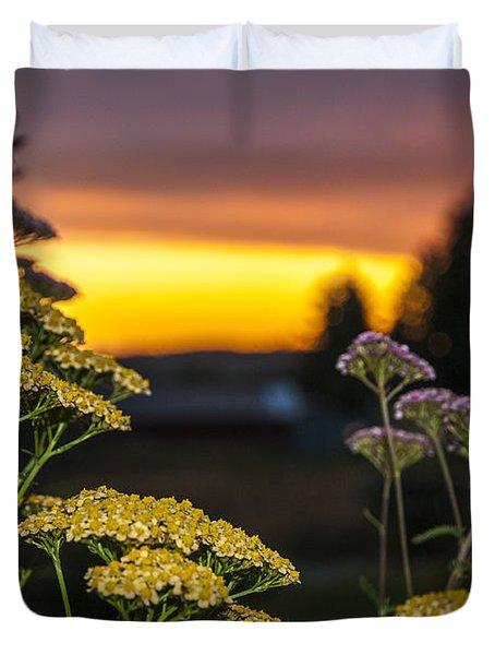 Yarrow At Sunset Duvet Cover