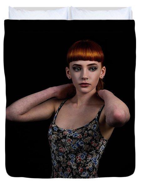 Yasmin Arms Raised Duvet Cover