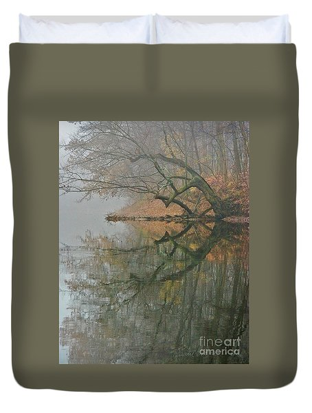 Duvet Cover featuring the photograph Yearming by Tom Cameron