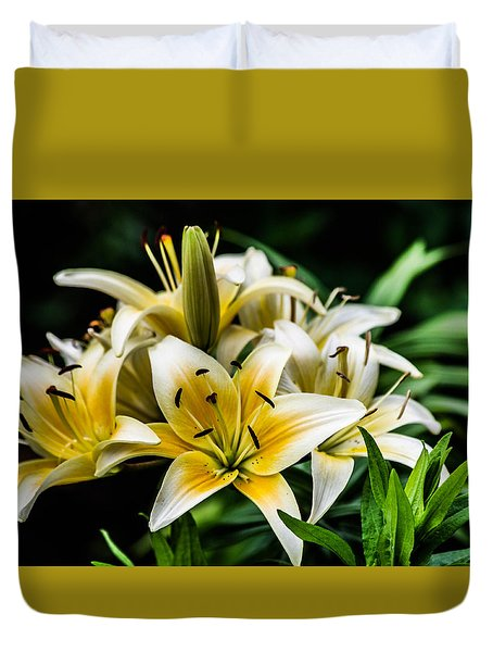 Yellow And White Lilys Duvet Cover