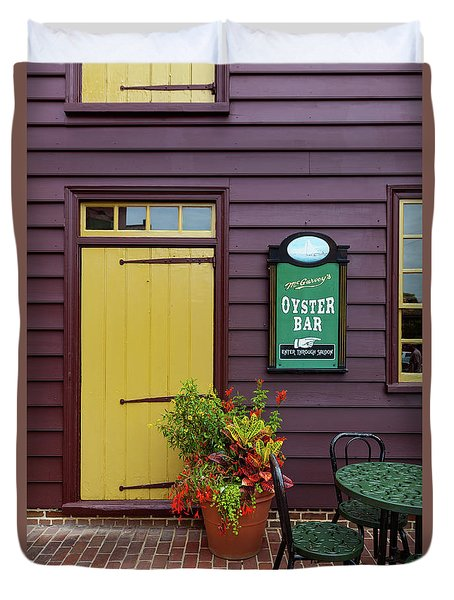 Yellow Door In Annapolis Duvet Cover