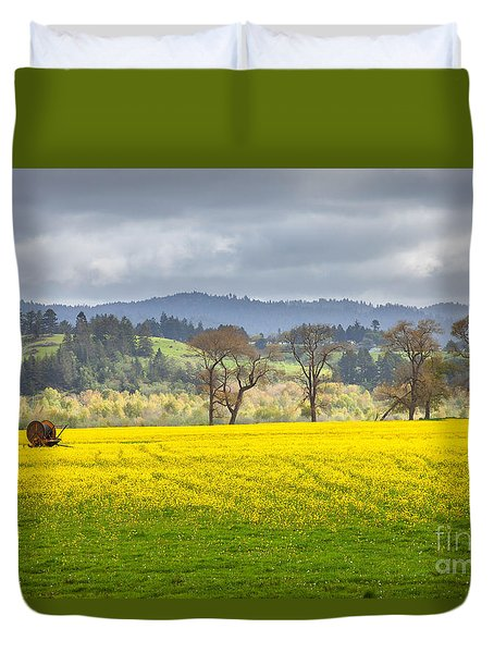 Yellow Fields Along The Eel River Duvet Cover