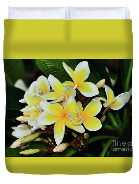 Duvet Cover featuring the photograph Yellow Plumeria By Kaye Menner by Kaye Menner