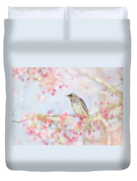 Yellow-rumped Warbler In Spring Blossoms Duvet Cover