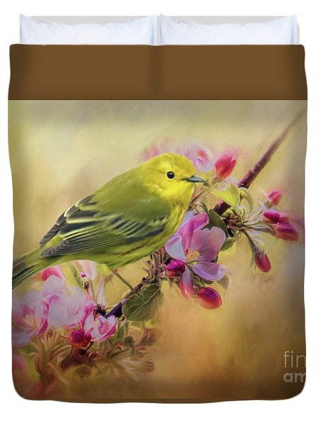 Yellow Warbler In The Flowers Duvet Cover