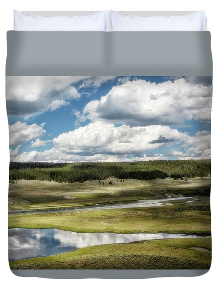Yellowstone Hayden Valley National Park Wall Decor Duvet Cover