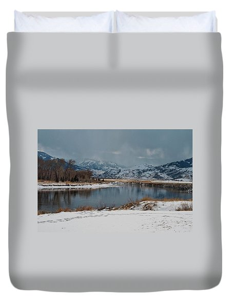 Yellowstone River In Light Snow Duvet Cover