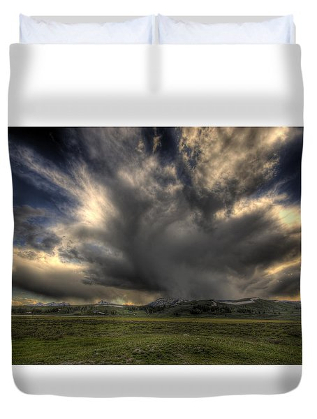 Yellowstone Storm Duvet Cover