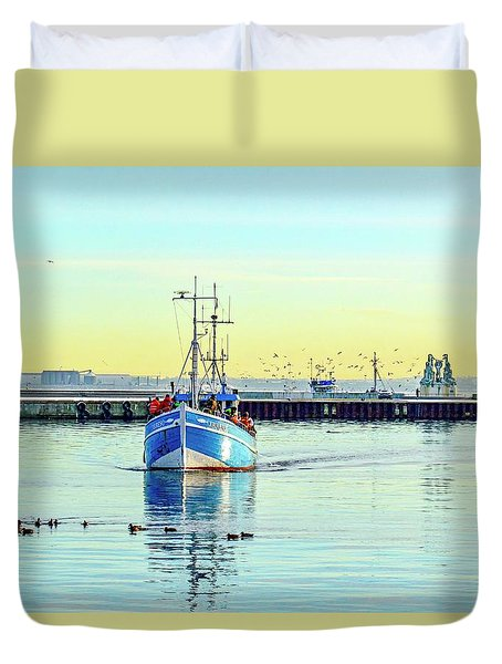 Yield For Ducks Duvet Cover