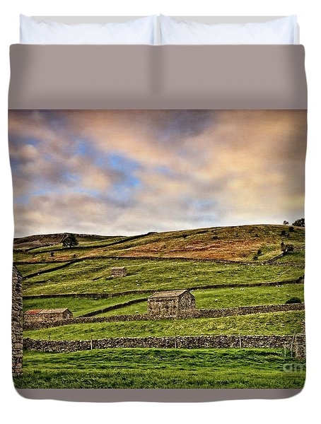 Yorkshire Dales Stone Barns And Walls Duvet Cover