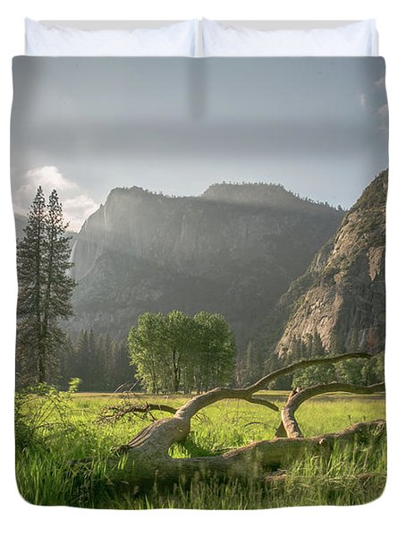 Sundown On The Valley Duvet Cover