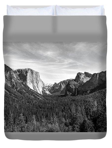 Yosemite B/w Duvet Cover