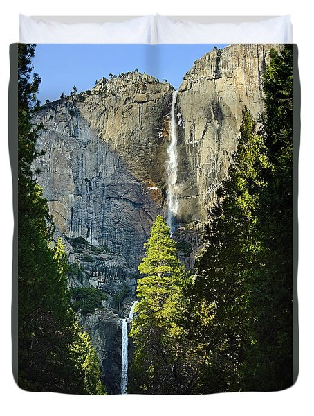 Yosemite Falls With Late Afternoon Light In Yosemite National Park. Duvet Cover