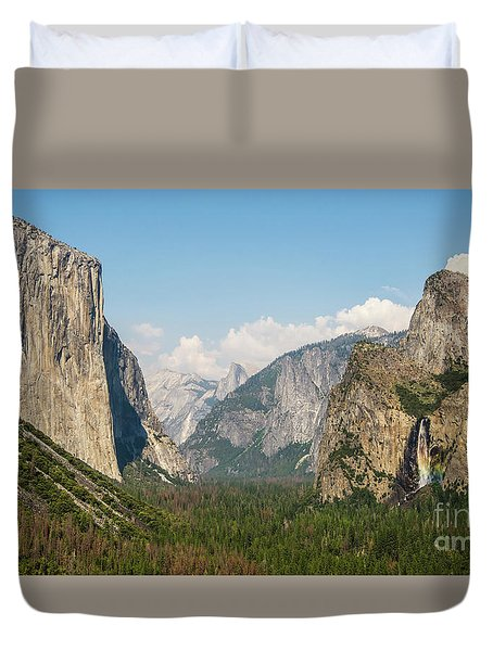 Yosemite Tunnel View With Bridalveil Rainbow By Michael Tidwell Duvet Cover