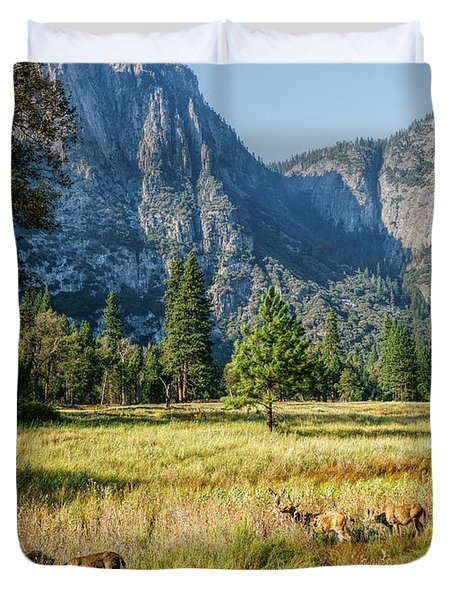 Yosemite Valley At Yosemite National Park Duvet Cover