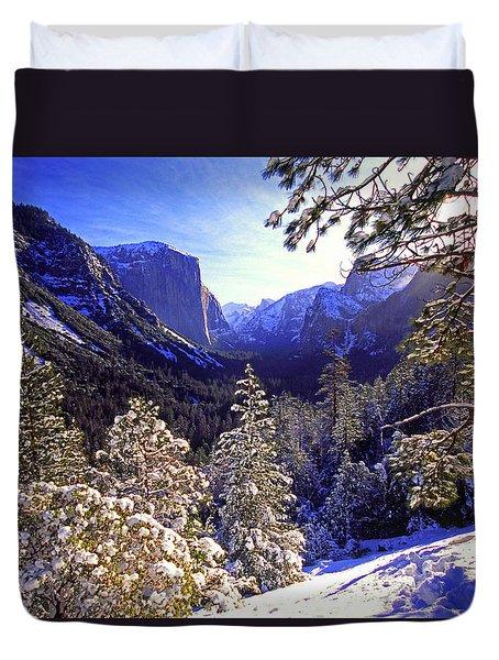 Yosemite Valley In Winter, California Duvet Cover