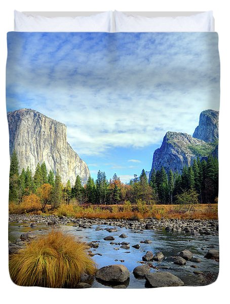 Yosemite Valley View Duvet Cover
