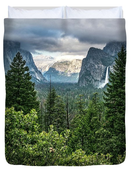 Last Light For Tunnel View Duvet Cover by Ryan Weddle