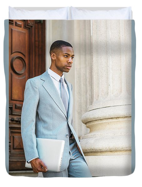Young African American Businessman Working In New York Duvet Cover