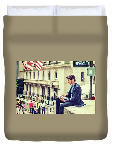 Young Businessman Working On Wall Street In New York Duvet Cover
