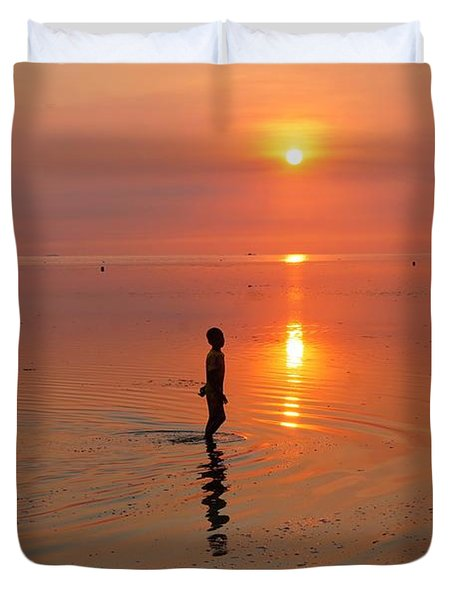 Young Fishermen At Sunset Duvet Cover